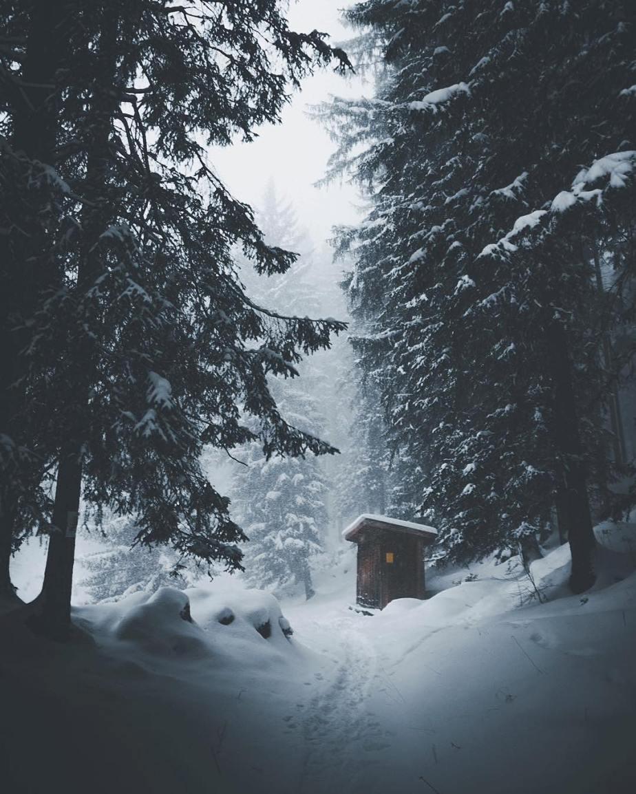severelymagicalthings.com/magic-snow-escape/